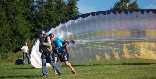 Tandem flights and paragliding